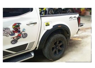 Gaya OE Nissan Navara NP300 D23 Pickup Fender Flare / 4x4 Off Road Accessories pemasok