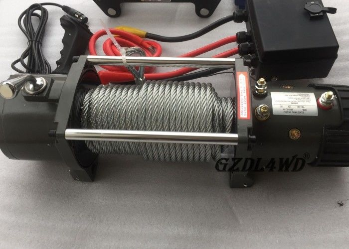 Cina 12v Truck Heavy Duty Electric Winch 8.3mm Steel Wire 9500lbs For Off Road pabrik